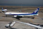 Boeing 767-381/ER (JA8670)