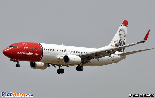 Boeing 737-8FZ (Norwegian Air Shuttle)