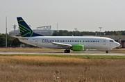 Boeing 737-329 (OM-HLA)