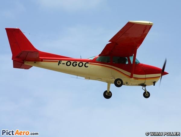 Cessna 172M Skyhawk (Airawack)