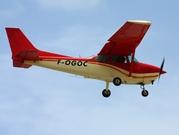 Cessna 172M Skyhawk (F-OGOC)