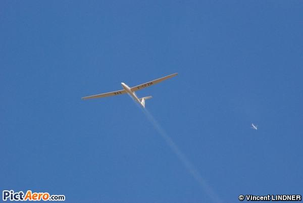 Rolladen-Schneider LS-4 (Association Aéronautique de Coulommiers Meaux)