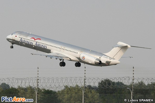 McDonnell Douglas MD-82 (DC-9-82) (Albanian Airlines)
