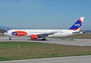 Boeing 767-31K/ER (G-DAJC)