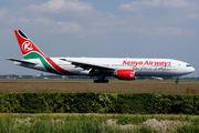 Boeing 777-2U8/ER (5Y-KQU)