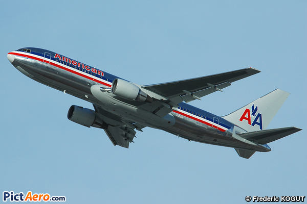 Boeing 767-222 (American Airlines)