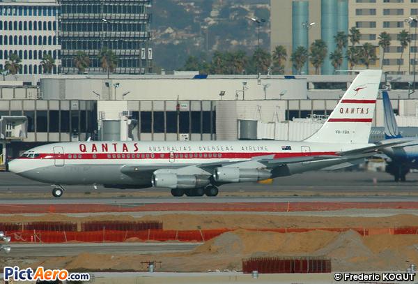 Boeing 707-138B (Qantas Foundation Memorial)