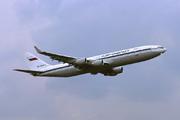 Iliouchine Il-96-400T (RA-96101)