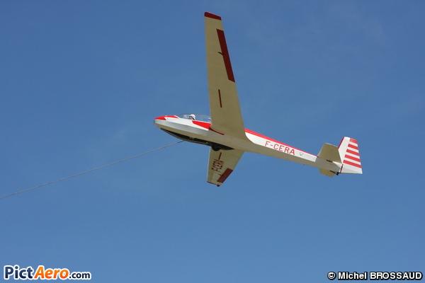 Schleicher ASK-13 (Aéroclub de St Remy les Alpilles)