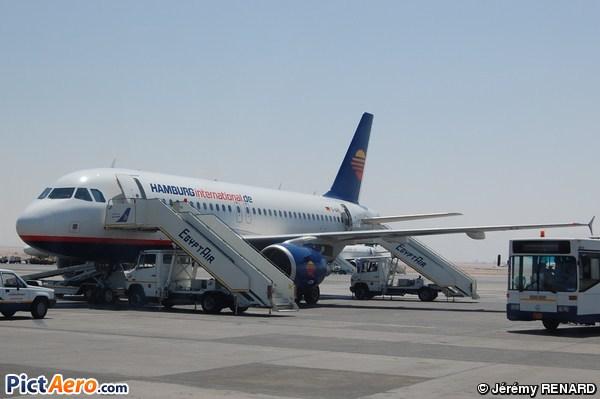 Airbus A319-111 (Hamburg International)