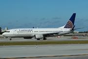 Boeing 737-824/W (N33209)
