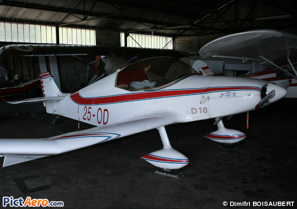 Jodel D-18 (Private)