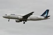 Airbus A320-214 (CS-TKK)