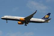 Boeing 757-256WL (TF-FIA)