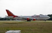 Boeing 747-437 (VT-ESN)