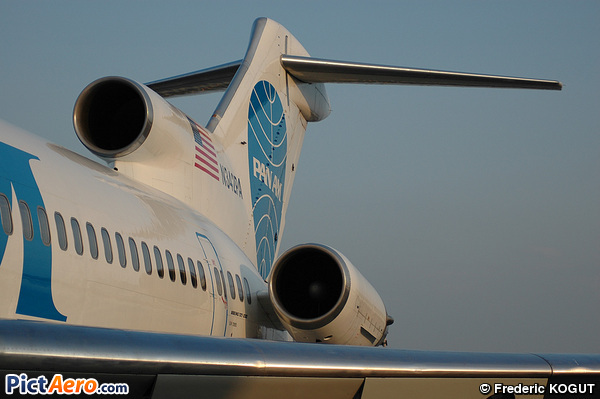 Boeing 727-222(Adv) (Boston-Maine Airways)