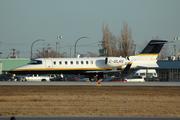 Bombardier Learjet 45XR (C-GLRS)