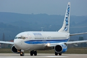 Boeing 737-883 (VQ-BFR)