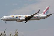 Boeing 737-85P