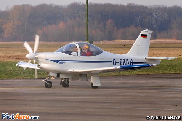 HB Flugtechnik HB-207 Alfa (Privé)