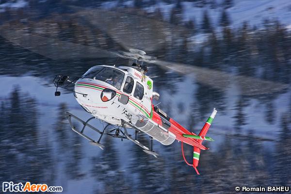 Aérospatiale AS-350 B3 Ecureuil (Blugeon Helicoptères)