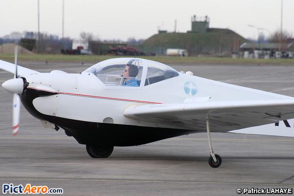 Scheibe SF-25E  Super Falke (SFC Schwetzingen)