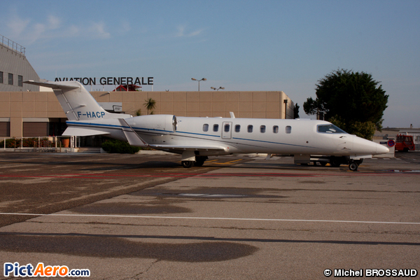 Bombardier Learjet 45 (Aero Services Executive)