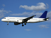 Airbus A320-212 (YL-LCF)