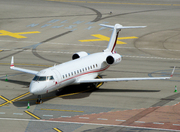 Bombardier Challenger 800 (G-IGWT)