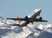 Boeing 737-3Q8 (SE-RHT)