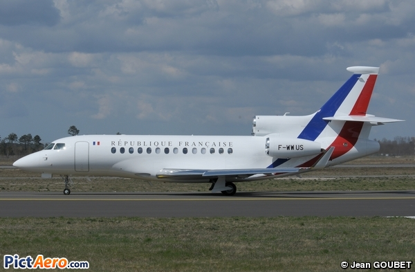 comments on the picture dassault falcon 7x france air force by