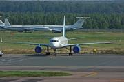 Tupolev Tu-204-100 (RA-64011)