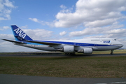 Boeing 747-481D (JA8962)