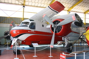 Grumman S-2F Tracker Firecat (F-ZBAU)