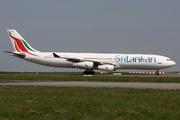 Airbus A340-311