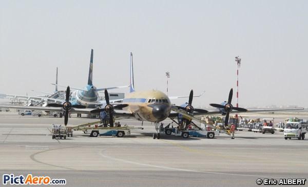 Iliouchine Il-18E (National paints)