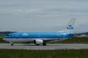 Boeing 737-306 (PH-BTH)