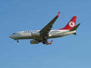 Boeing 737-752 (TC-JKJ)