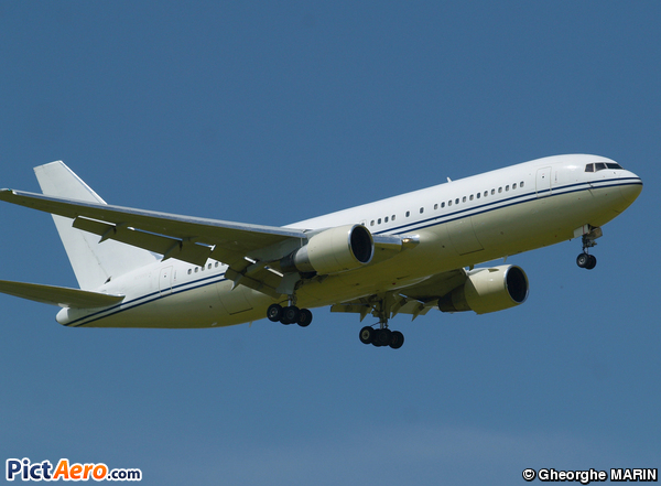 Boeing 767-222 (Vision Airlines)