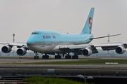 Boeing 747-4B5 (HL7495)