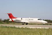 Learjet 40 (G-HPPY)