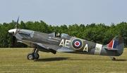 Supermarine Spitfire LF-Vb (G-LFVB)
