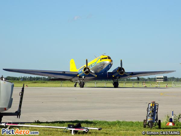 Douglas C-47B Skytrain (Vallentuna Aviatörförening)