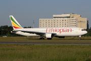 Boeing 767-3BG/ER (ET-AMG)