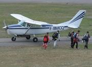 Cessna 206H Stationair (F-BMCQ)