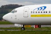 Boeing 737-36E/QC (EI-DVA)