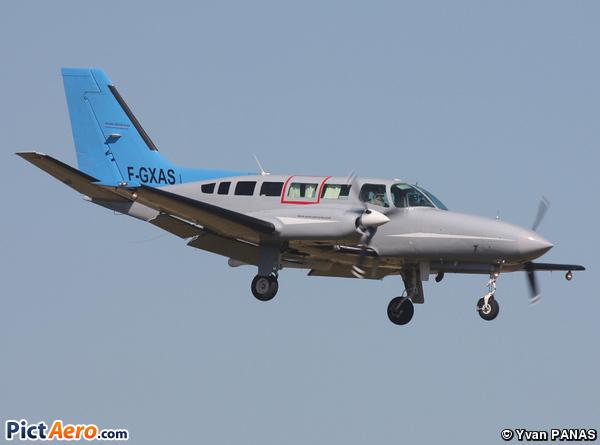 Cessna 404 Titan (Aero Sotravia)