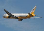 Boeing 777-212/ER (V8-BLB)