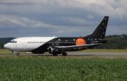 Boeing 737-3L9/QC (G-ZAPW)