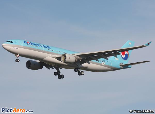 Airbus A330-223X (Korean Air)